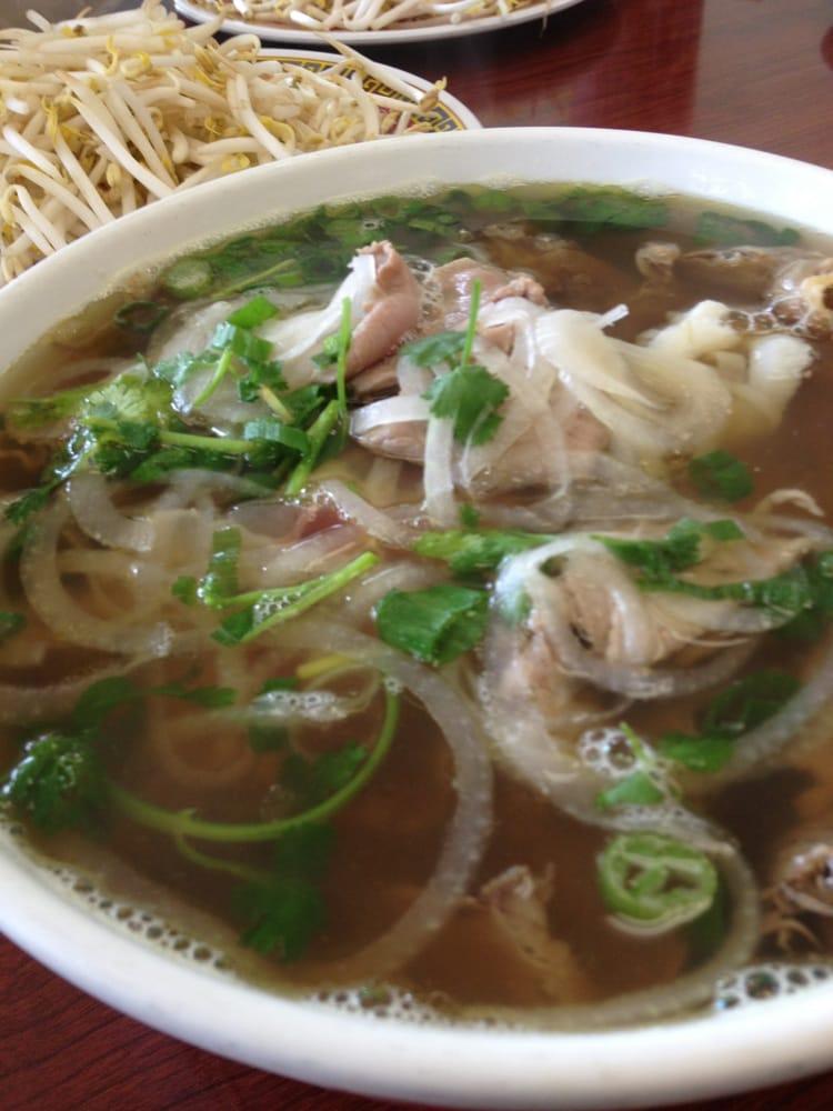 Pho hanh vietnamese restaurant closed 42 photos - Vietnamese cuisine pho ...