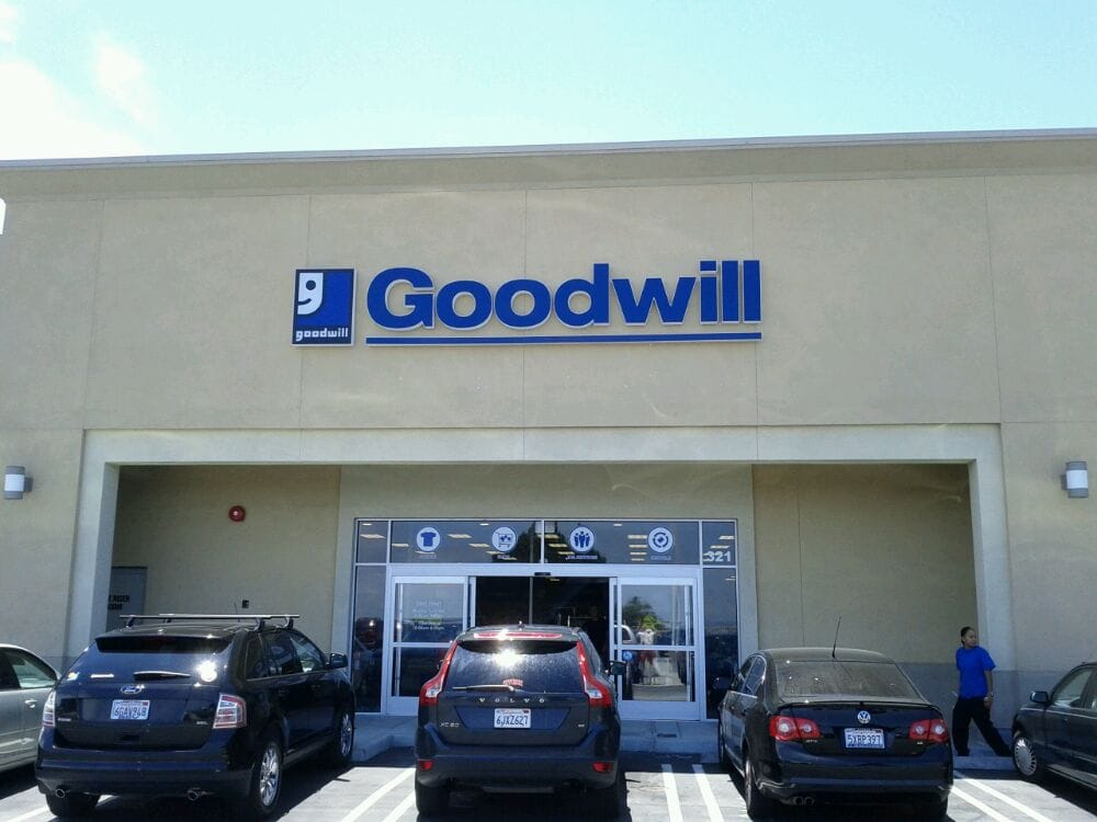 goodwill store donation center thrift stores rancho palos verdes ca reviews photos yelp. Black Bedroom Furniture Sets. Home Design Ideas