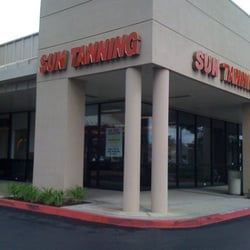 Body & Sol Tanning Center logo