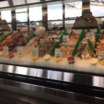 El pescador fish market restaurant 504 photos 398 for Fish restaurant la jolla