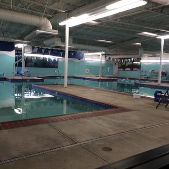 Happy fish swim school 19 photos swimming lessons for Happy fish swim school