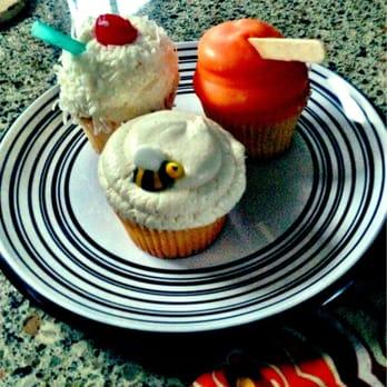 Elk Grove Bakeries Birthday Cakes