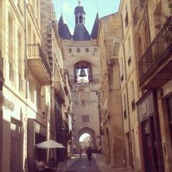 La Grosse Cloche - Bordeaux, France. Vue de la Rue Saint James