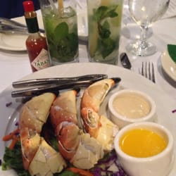 Casablanca fish market seafood bar grill lummus park for Fresh fish market miami