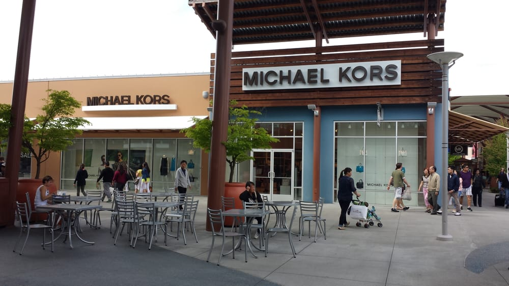 Michael kors outlet stores tulalip wa united states for Phone number for michaels craft store