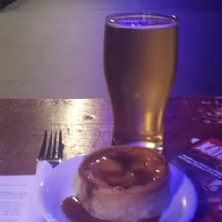 A play a pie and a pint!