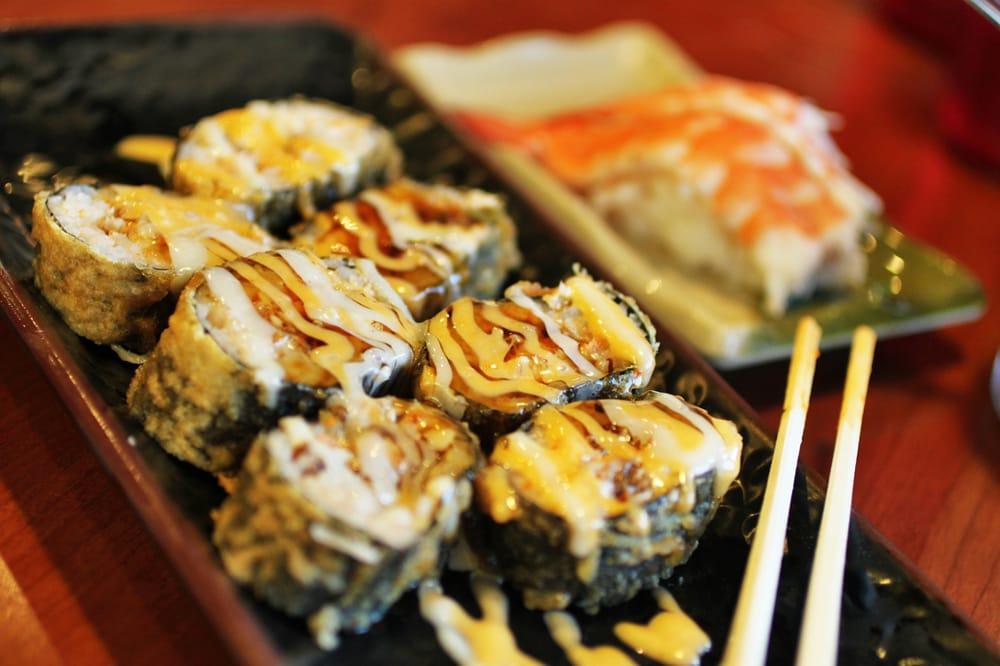 Dynamite Roll - deep fried spicy tuna roll | Yelp