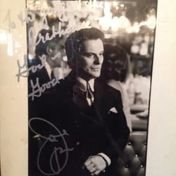 Waterfront Crab House - Long Island City, NY, États-Unis. Joe Pesci autograph