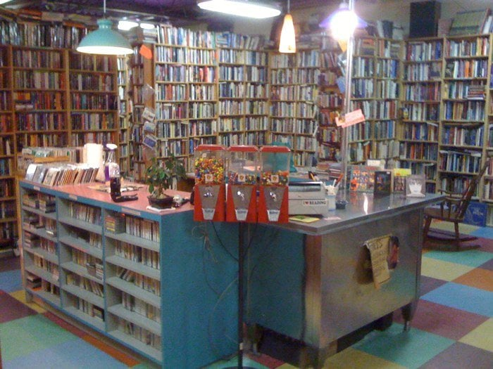 Nice Price Books Muziek En Dvd 39 S 811 Broad St Durham