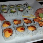 Sushi Kami - Spicy tuna and Philadelphia roll - Southgate, MI, Vereinigte Staaten