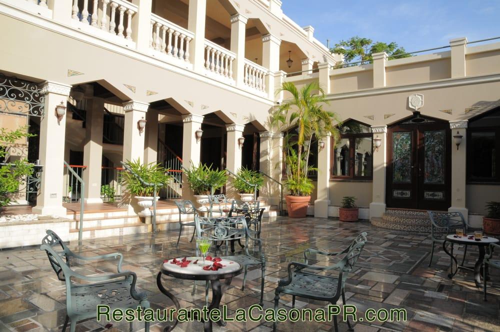 Restaurante la casona en san juan puerto rico patio y for Restaurante puerto rico madrid