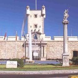 Murallas de Puerta de Tierra, Cádiz, Spain