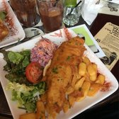 Fish and chips et coleslaw!