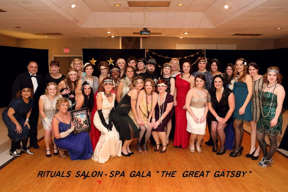 "Honored by ""Salon Today"" as one of the 200 fastest growing Salons ..."