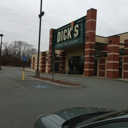 DICKS Sporting Goods Store in Worcester, MA 151