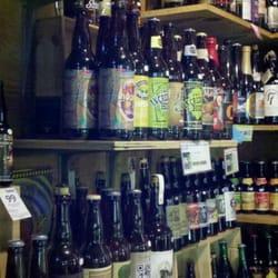 Littles Wine & Liquor logo