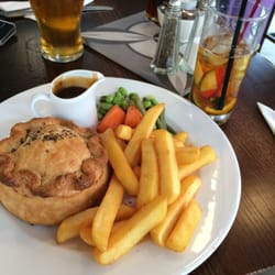 Steak & Ale Pie and Pimms