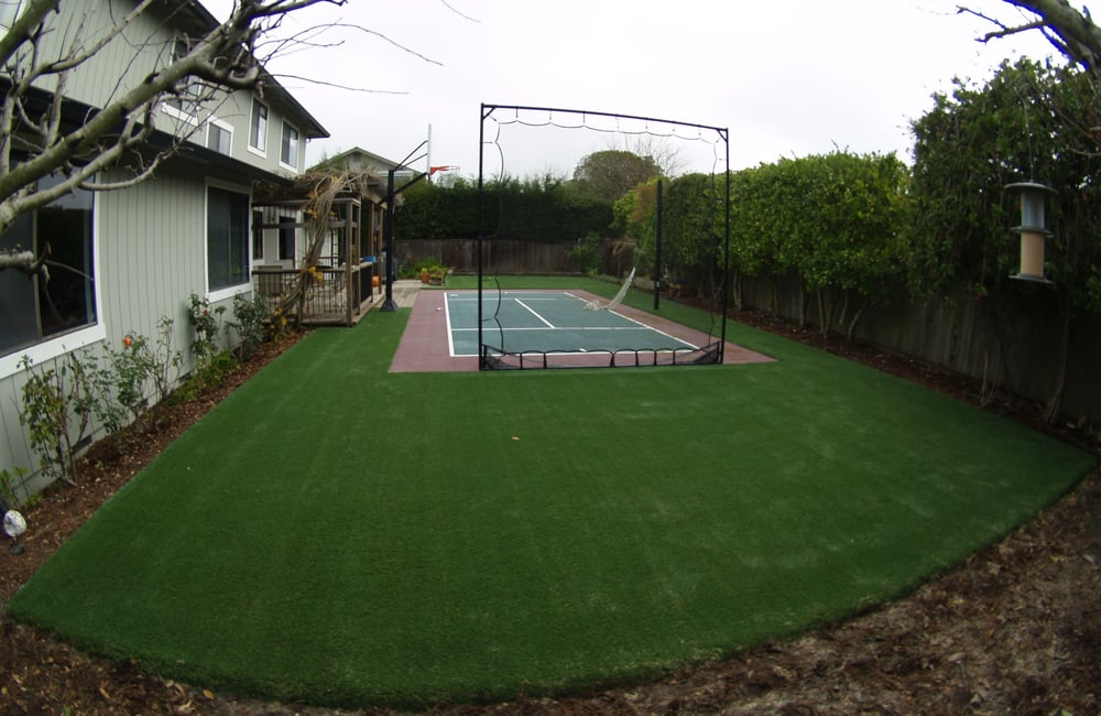 Artificial Grass For Backyard Reviews :  artificial grass to practice and play different sports in the backyard