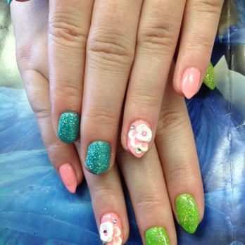 Gel manicure on natural nail plus 3D art
