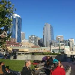 Victor Steinbrueck Park - Seattle, WA, États-Unis. Facing north looking toward Pikes Place Market.