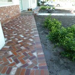 GreenCali - Buena Park, CA, États-Unis. new front red brick porch