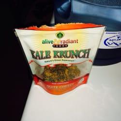 Life Grocery Natural Foods & Cafe - Marietta, GA, États-Unis. Kale Krunch snack. Dang good!!