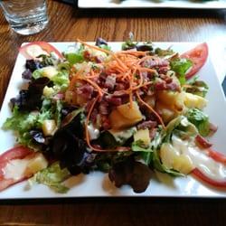 Le Broc' - Lille, France. La salade paysanne