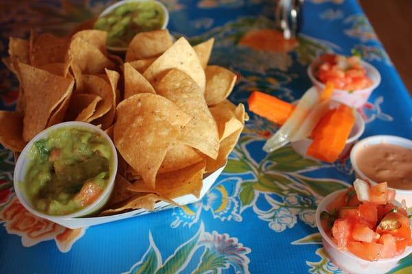 Jawz fish tacos island style grill closed kihei hi for Island fish grill
