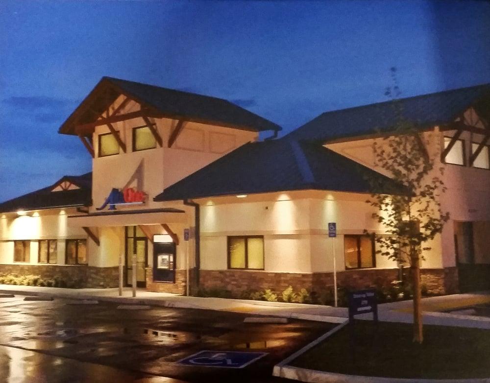 Bakersfield loan stores