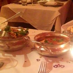 Devi - New York, NY, États-Unis. Fish curry