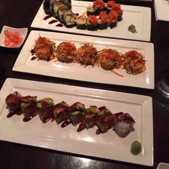 Blue fish japanese restaurant 199 photos sushi for Blue fish sushi menu