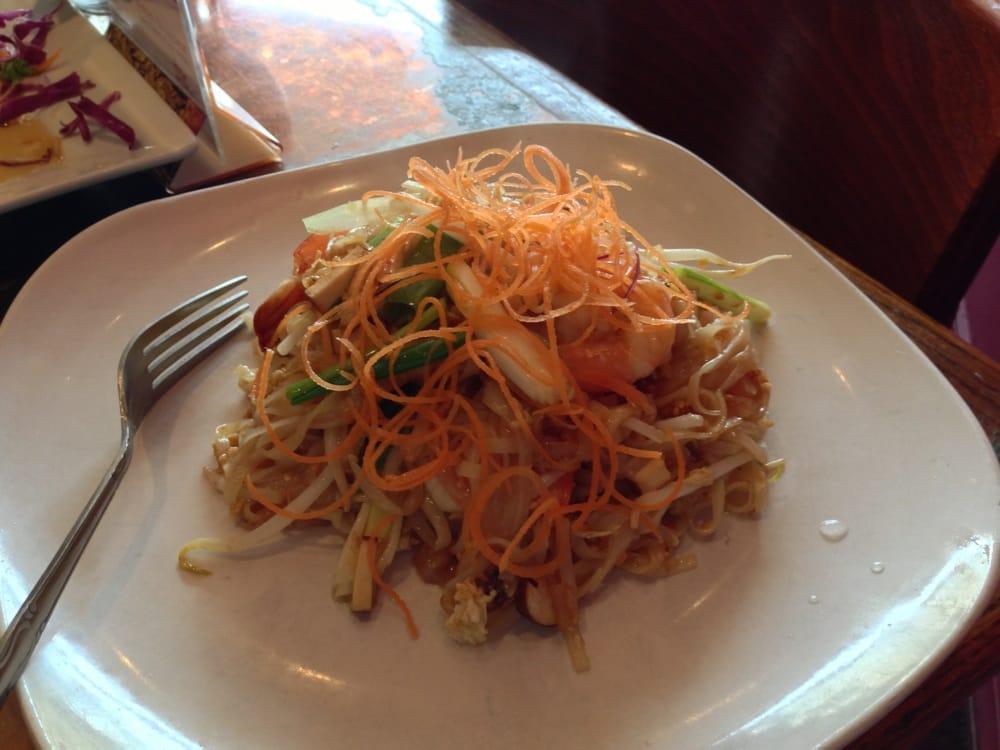 Thai Table Pad Thai Thai Table Rockville Centre