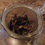 Far Leaves Tea - Whyte Darjeeling during brewing. - Berkeley, CA, Vereinigte Staaten
