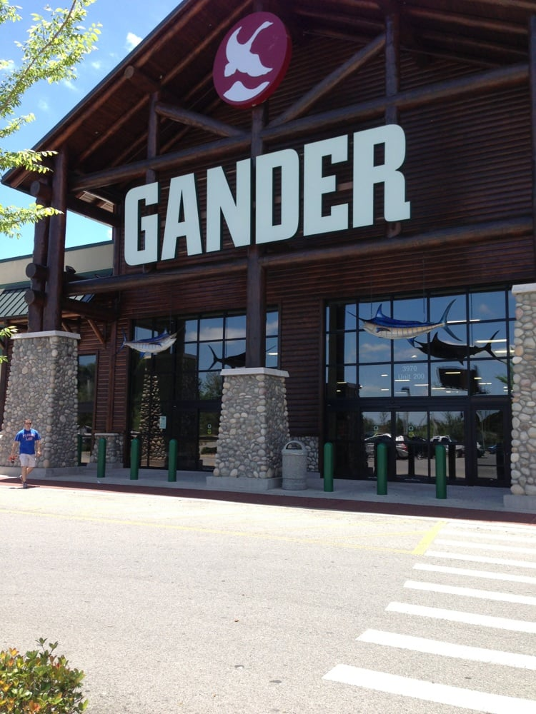 Gander mountain ocala outdoor gear 3970 sw 3rd st for Gander mountain fish finders