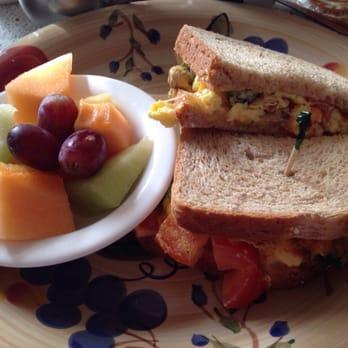 Natalia s cafe 56 photos russian camas wa reviews for Cama sandwich
