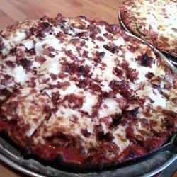 Jimano's Pizzeria - Plano, TX, États-Unis. Meat Maniac on Thin Crust