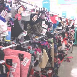 Nothing in the store is full price there are signs everywhere telling you the percentage off the marked prices. As I love picking up clearance clothing