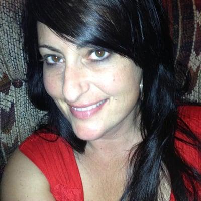 Beth D.