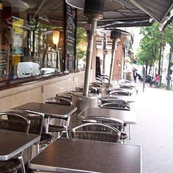 le caf qui parle 36 photos 67 avis caf s 24 rue caulaincourt montmartre paris. Black Bedroom Furniture Sets. Home Design Ideas