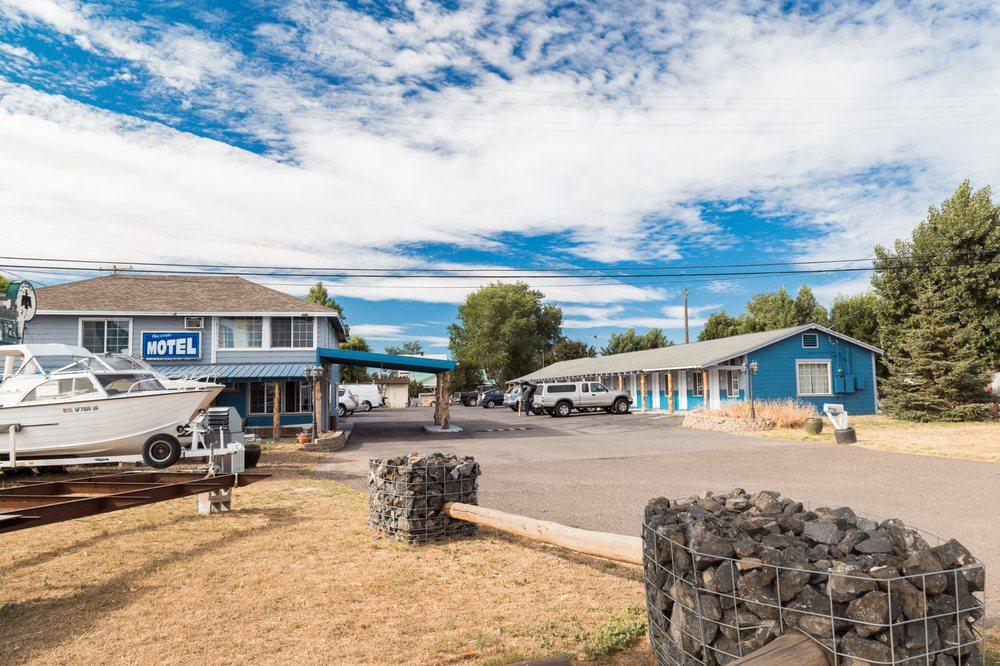 Hacienda Motel - 18 Photos & 23 Reviews - Hotels - 201 E