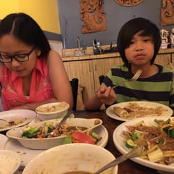 Thai restaurant simi valley