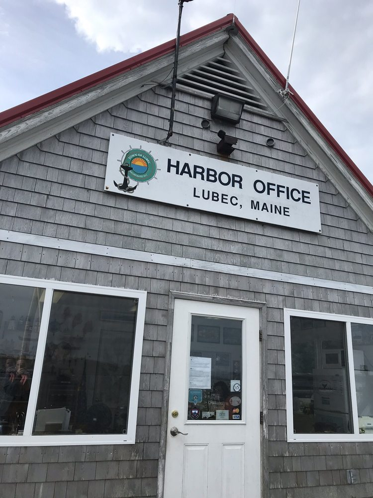 Downeast Charter Boat Tours: 31 Johnson St, Lubec, ME