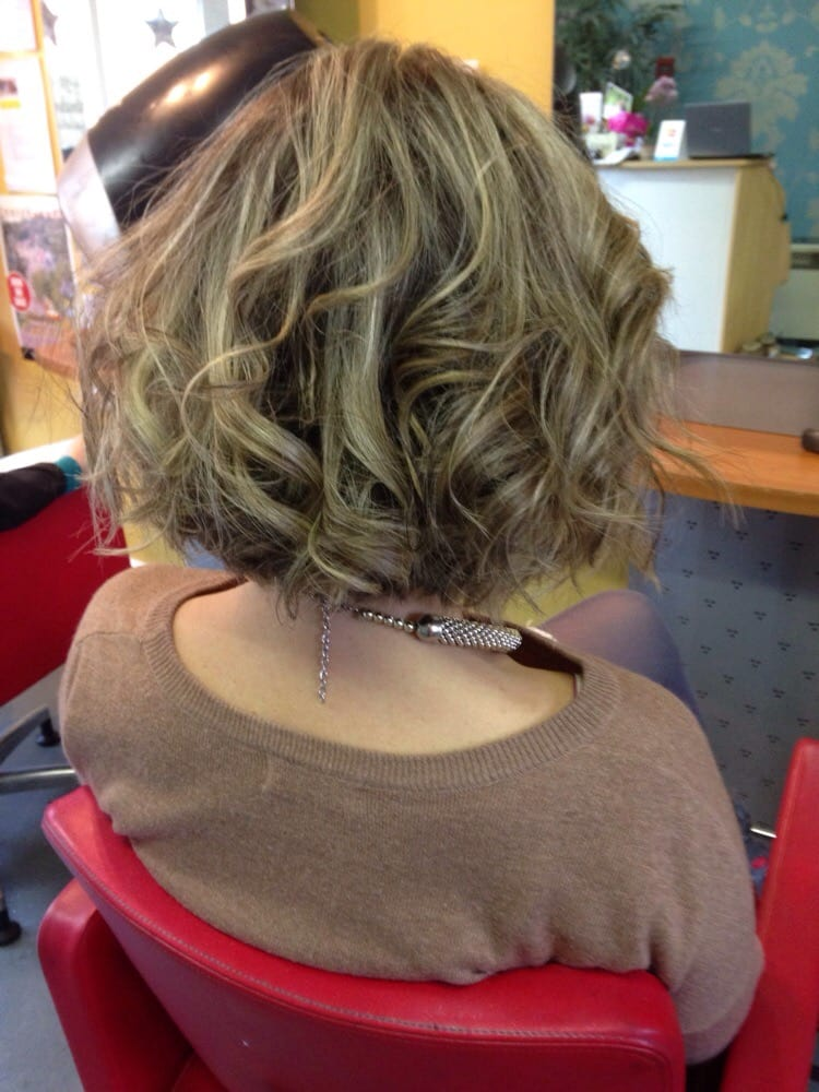 Tousled A Line Bob With Dirty Blonde Highlights Yelp