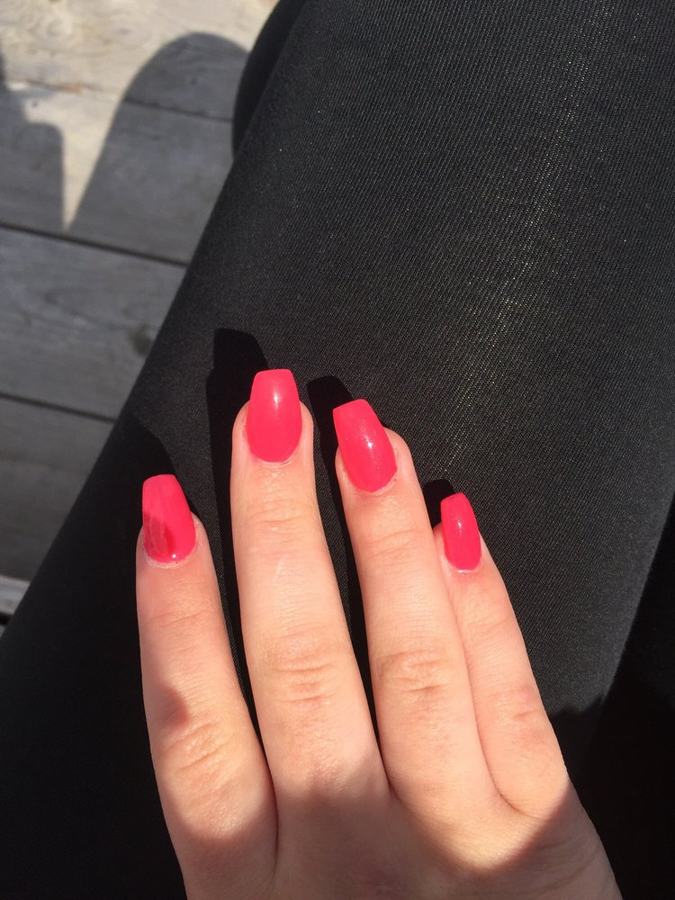 Everytime I go there\'s at least 2 crooked acrylics!! - Yelp