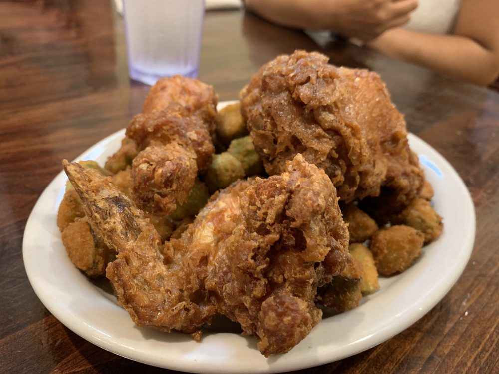 Food from Willie Mae's Scotch House