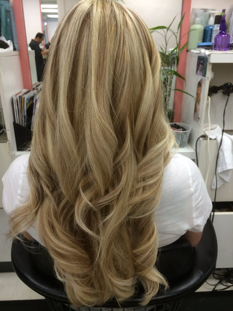 Thick Blonde Highlights With Light Brown Low Lights Yelp