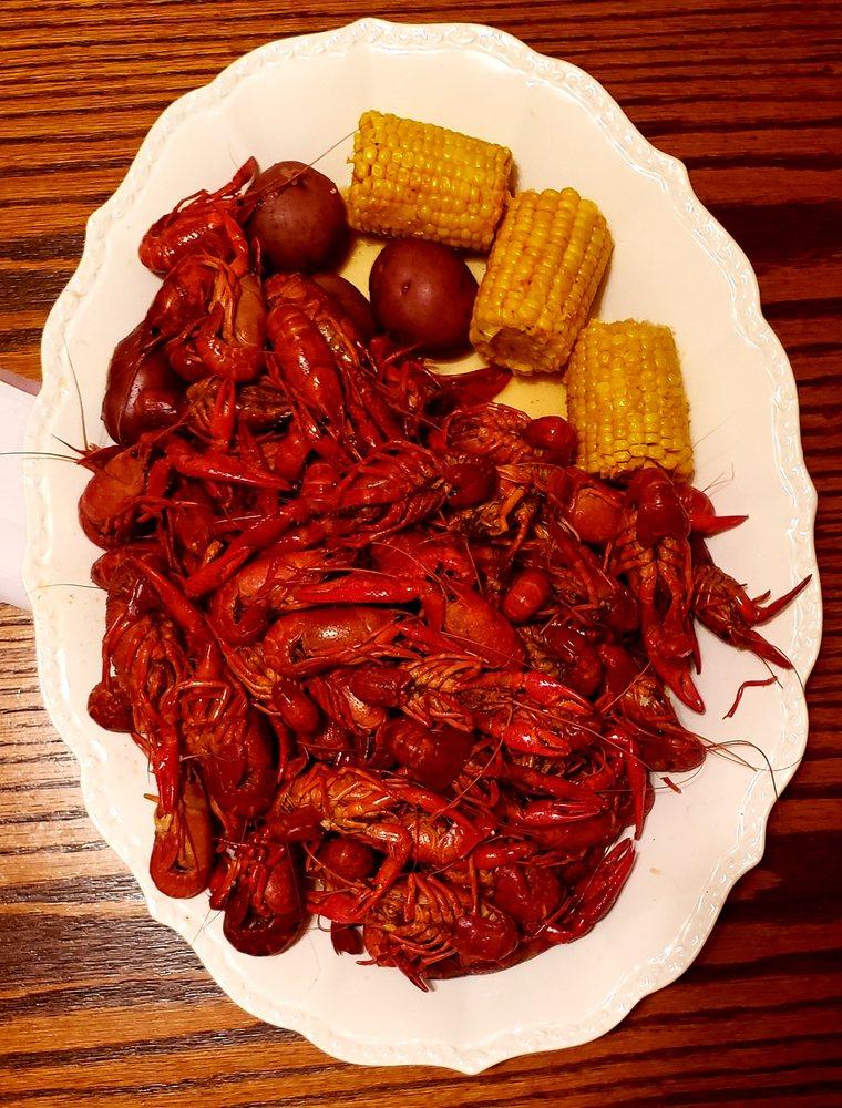 T-Johnny's Seafood: 5811 LA-1, Natchitoches, LA