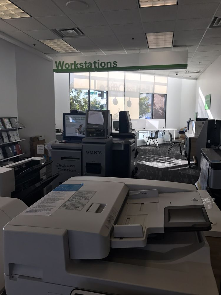 FedEx Office Print & Ship Center: 490 El Camino Real, Redwood City, CA
