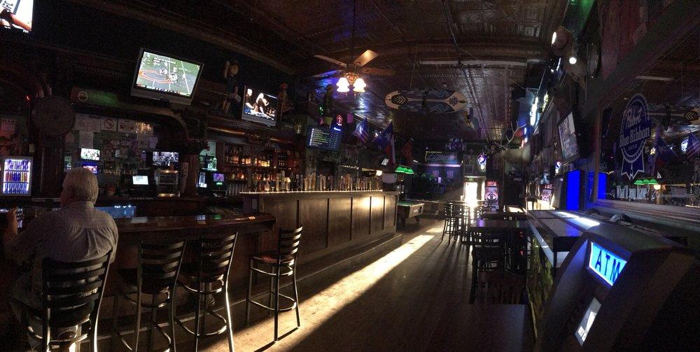 Lyzzard's Lounge: 120 N Cortez St, Prescott, AZ