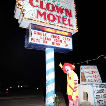 Clown Motel 185 Photos Amp 90 Reviews Hotels 521 N